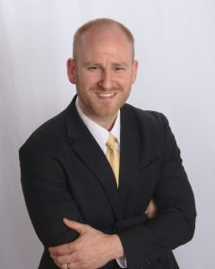 https://www.investoragentsummit.com/wp-content/uploads/2020/12/John-Warren-Headshot-240x300.jpg